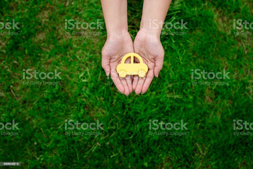 автомобиль на зеленном фоне stock photo