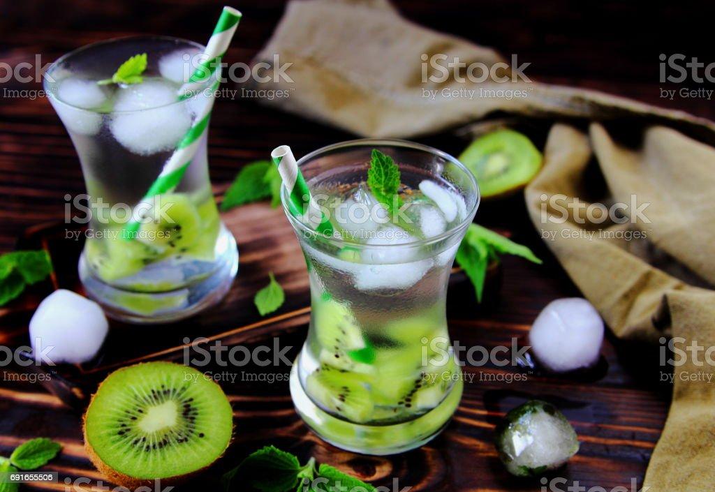 лимонад из киви stock photo
