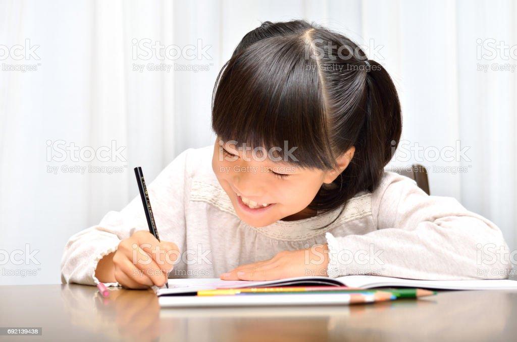 勉強する女の子 ストックフォト