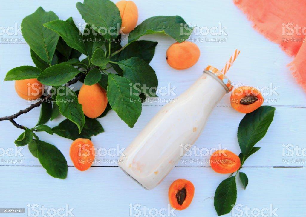 молочный коктейль с абрикосом stock photo