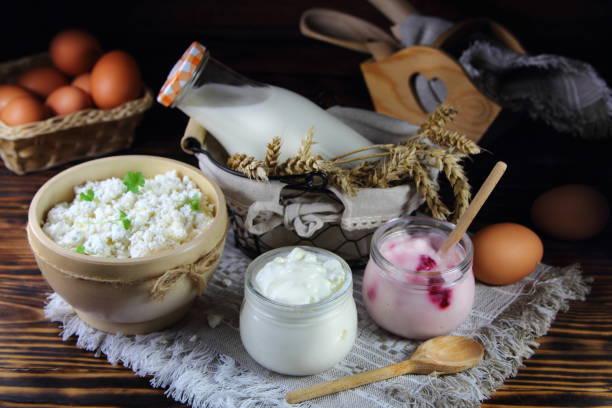 молочные продукты - kéfir fotografías e imágenes de stock