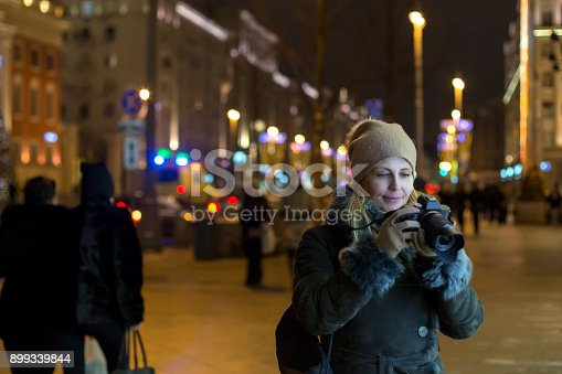 Женщина фотограф Stock Photo & More Pictures of Adult