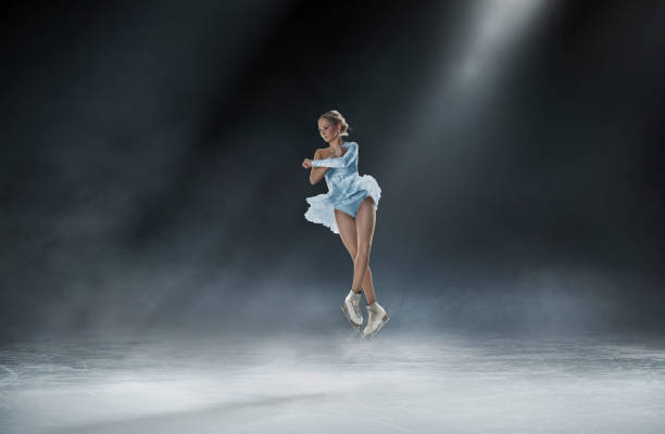 FIGURE SKATING figure skating sport photo ice skating stock pictures, royalty-free photos & images