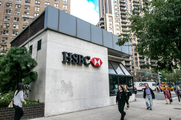 HSBC. New York, September 28, 2016: HSBC retail location in Manhattan. hsbc stock pictures, royalty-free photos & images