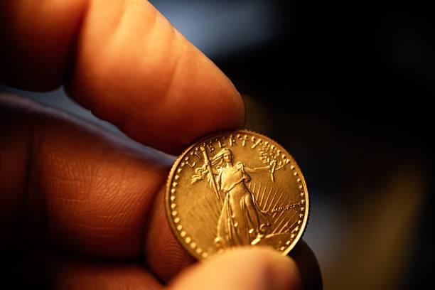oro - accesorio financiero fotografías e imágenes de stock
