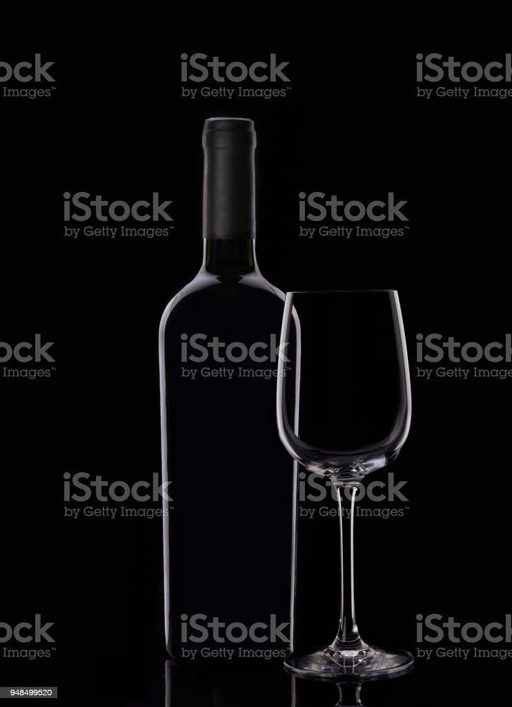 Бутылка красного вина и бокалы royalty-free stock photo