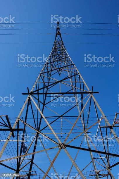 Słup Elektroenergetyczny I Kable - zdjęcia stockowe i więcej obrazów Bez ludzi