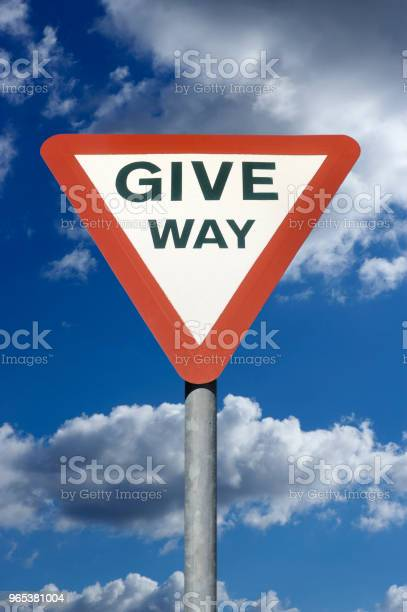 도 교통 줄 방법 기호 푸른 하늘과 구름 0명에 대한 스톡 사진 및 기타 이미지