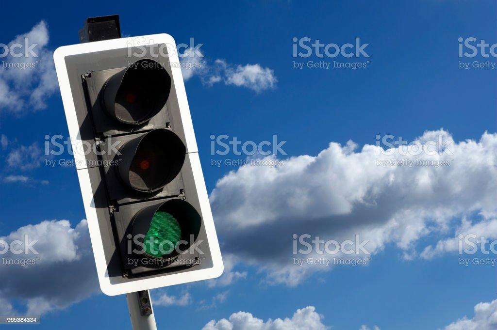 ROAD-AMPEL - Lizenzfrei Abwarten Stock-Foto