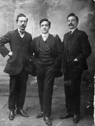 istock 1920s italian family portrait 672845376