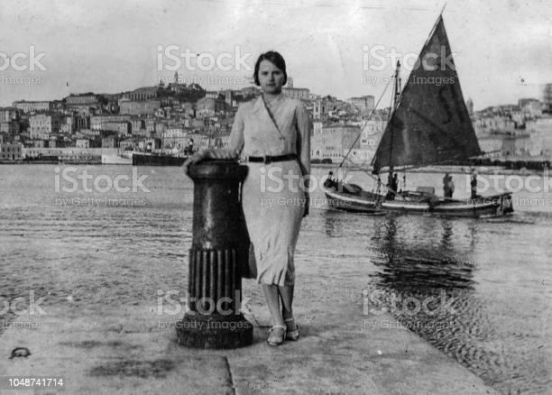 1920s young woman portrait at the beach italy picture id1048741714?b=1&k=6&m=1048741714&s=612x612&h=jrvbbd6rivjtgngmmyrgjs6fizc8lazgdgk2o2huwyw=