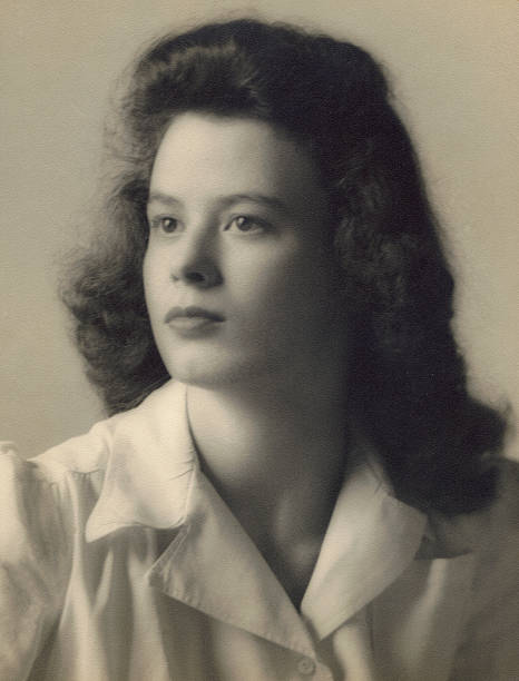 1940s portrait of a beautiful young woman picture id172217259?b=1&k=6&m=172217259&s=612x612&w=0&h=atxfy7aymnj7dgn83mxq5ez90x 218wybkoljwd8ea0=