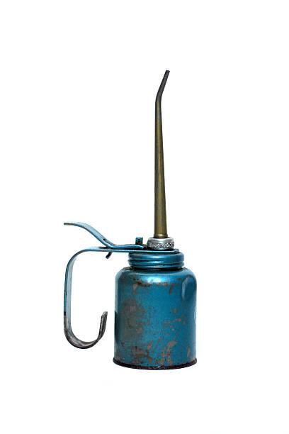 Aceite de bomba de mano de la década de 1950 puede-fondo blanco - foto de stock
