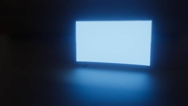 3D Abbildung des TV Glühen im dunklen Raum – Foto