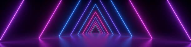 3d rendering, abstrakter panoramahintergrund, neonlicht, leuchtende linien, dreieckige form, ultraviolettes spektrum, virtuelle realität, lasershow - arkade stock-fotos und bilder