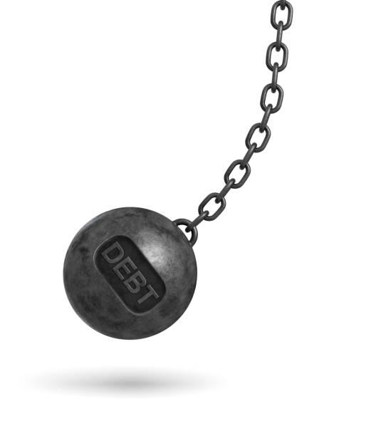 3d-rendering eines großen wrecking ball mit einem schriftzug schulden schwingen an einer kette auf weißem hintergrund - bankhaken stock-fotos und bilder