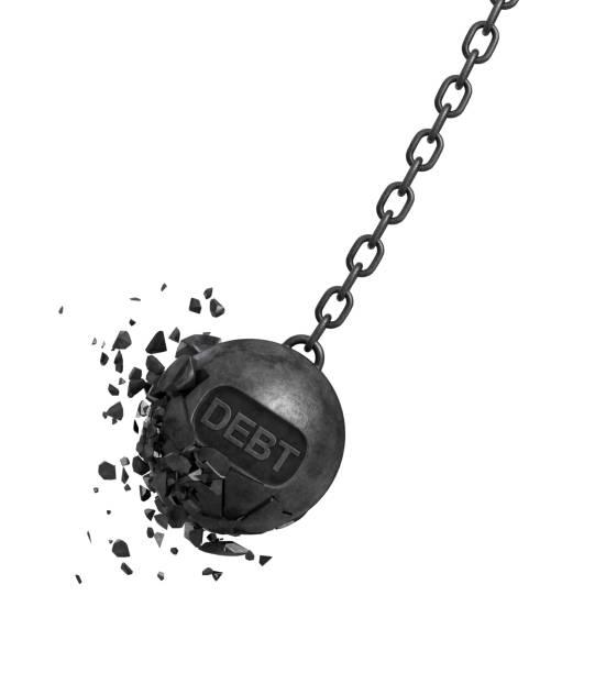3d-rendering eines großen wrecking ball mit einer schrift, die schuld an einer kette schwingt, während seine stücke und brocken heraus fliegen - bankhaken stock-fotos und bilder