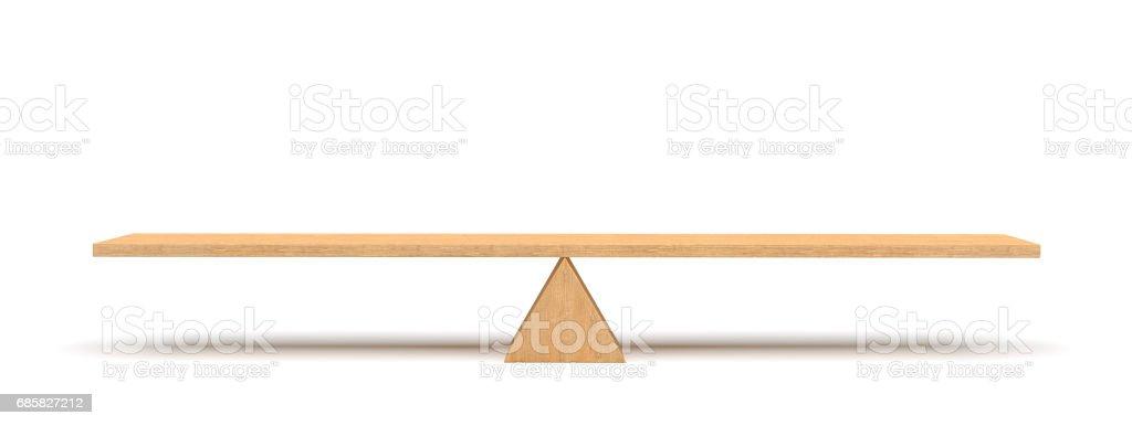 Render 3D de un tablón de madera equilibrado en un triángulo de madera aislado sobre fondo blanco - foto de stock