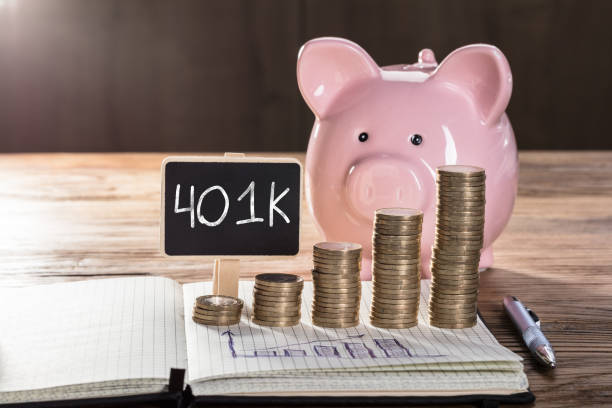 401k On Small Blackboard Showing Increasing Profit Concept Increasing Profit Concept With Piggybank, Coin Stacked, And Graph On Notebook Over The Wooden Table 40 kilometre stock pictures, royalty-free photos & images