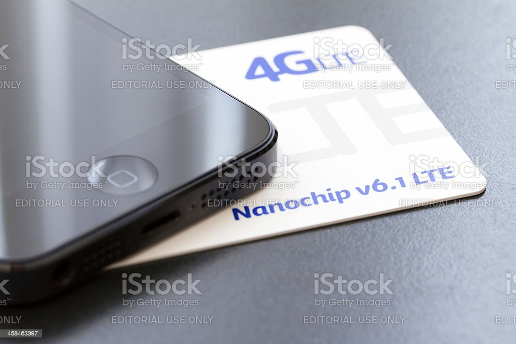 4gLTE chip and an iPhone 5 stock photo