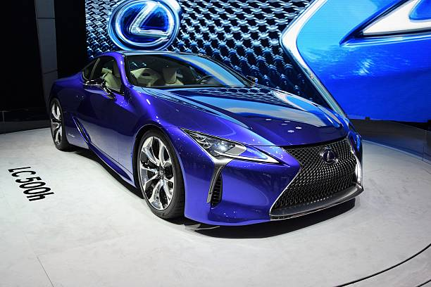 lc 500h - hybrid coupe from lexus - トヨタ ストックフォトと画像
