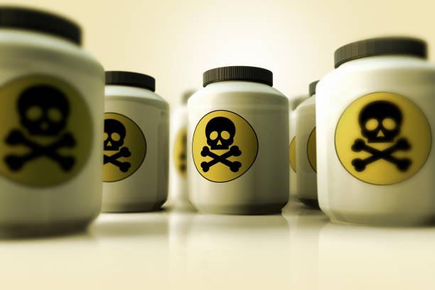 독의 병의 그룹 - 독성 물질 뉴스 사진 이미지