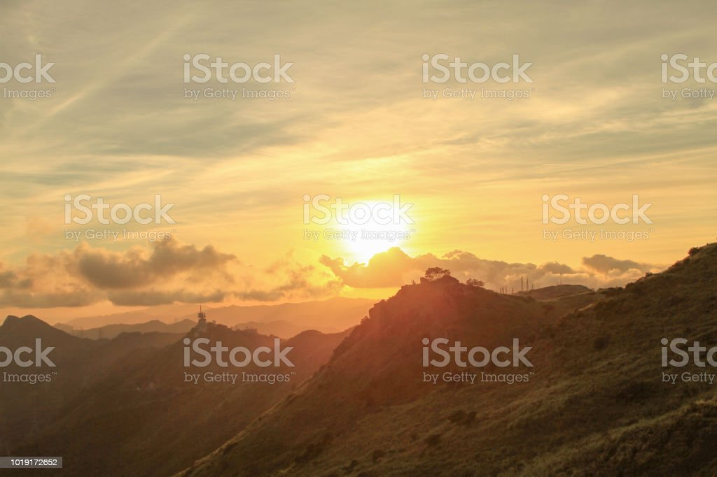 香港九龍山頂或飛恩哥爾山日落景圖像檔