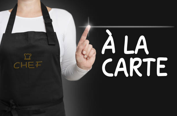 a la carte Food Touchscreen wird vom Koch bedient – Foto