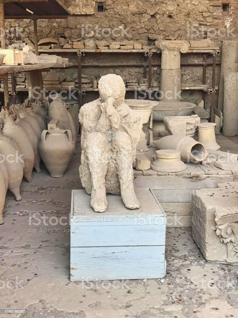 A Petrified People In Pompei Stock Photo - Download Image Now - iStock