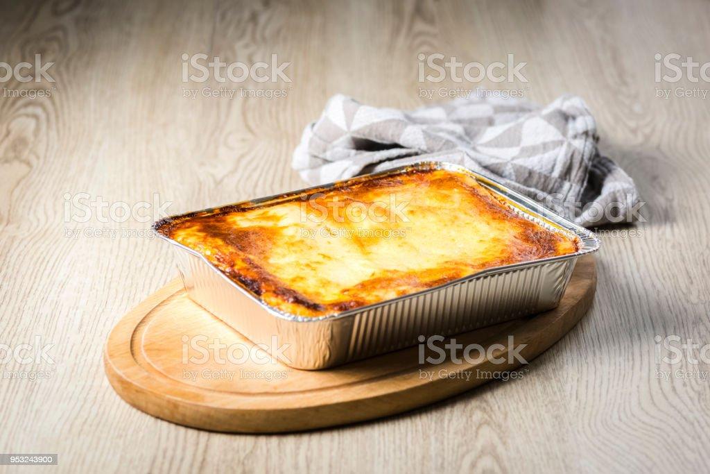オーブン ラザニア 【カルディ】茹でずに使えるラザニアシートとホワイトソースパウダーで熱々簡単ラザニアの夕食♪