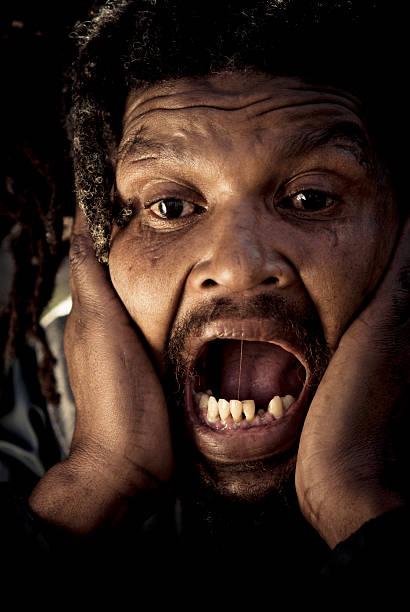 Mann zähne alter ohne Dritte Zähne