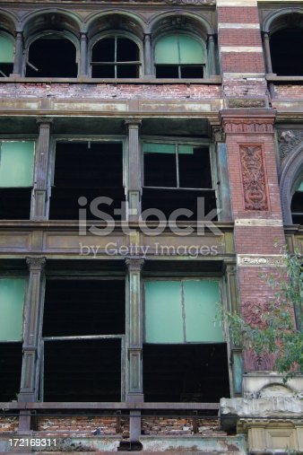 istock Abandoned Building 172169311