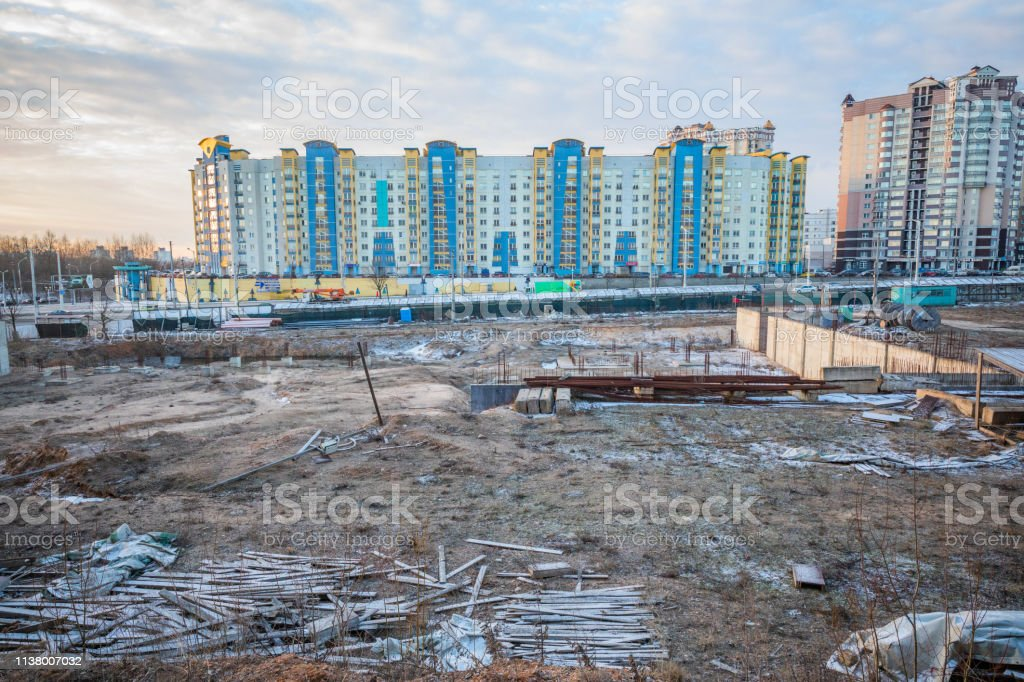 Abandoned Building Site In The City Center Stock Photo Download Image Now Istock