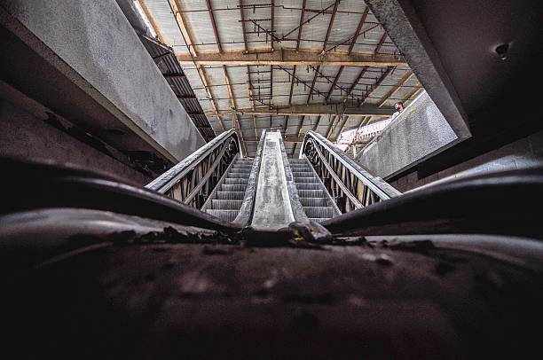 abandoned escalator - dilapidated stock pictures, royalty-free photos & images