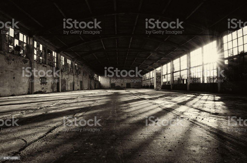 Abandonné bâtiment d'usine - Photo
