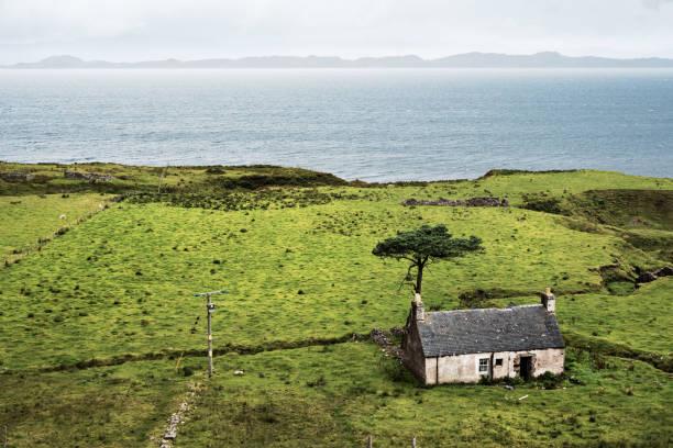 Abandoned farmer's house in Scotland stock photo