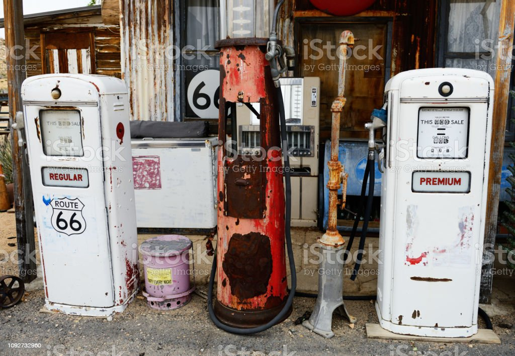 Abandoned Gas Station Route 66 Arizona Stock Photo Download Image Now Istock
