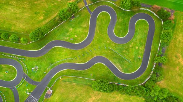 Ausgelassene Go-Cart-Strecke-Luftaufnahme – Foto