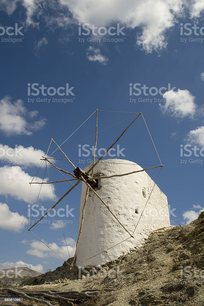 Opuszczony greckie wiatrak (Olympos-Karpathos-Grecja zbiór zdjęć royalty-free