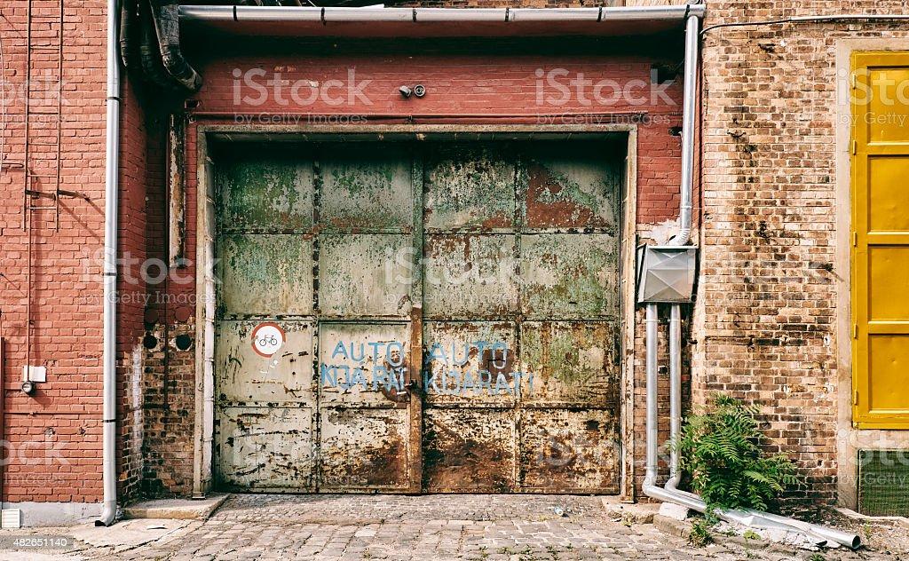 Verlassenen alter Eingang – Foto