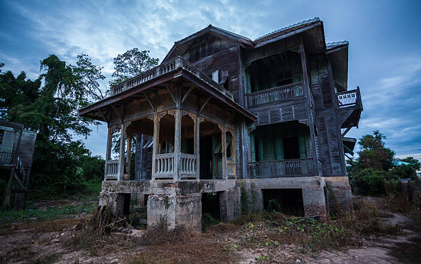 abandoned old house - abandoned stock photos and pictures