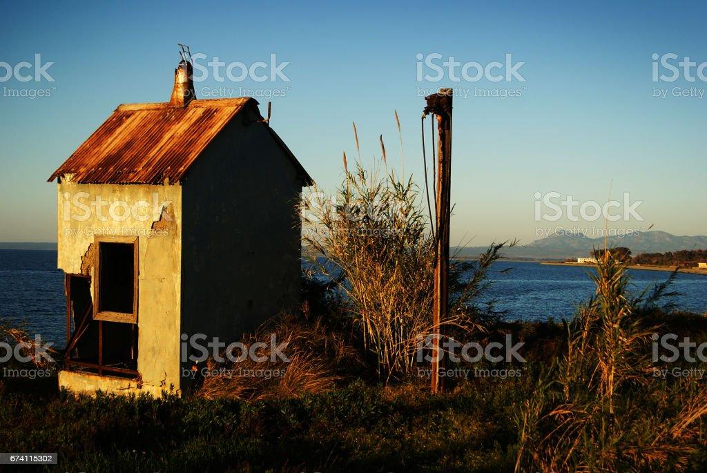 廢棄的生銹和老山寨 免版稅 stock photo