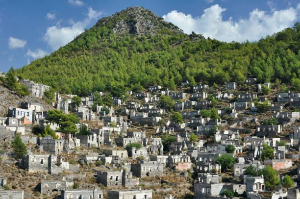 페티예 이즈미르 터키의 버려진 마을 카야코이 유령 마을 - 무글라 주 뉴스 사진 이미지