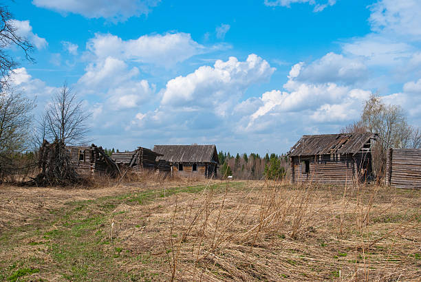 Abandoned village Abandoned village with old destroyed houses republic of karelia russia stock pictures, royalty-free photos & images