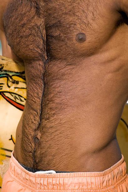 Bauch und haarig Brust – Foto