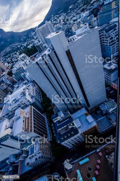Ovan Molnen-foton och fler bilder på Arkitektur