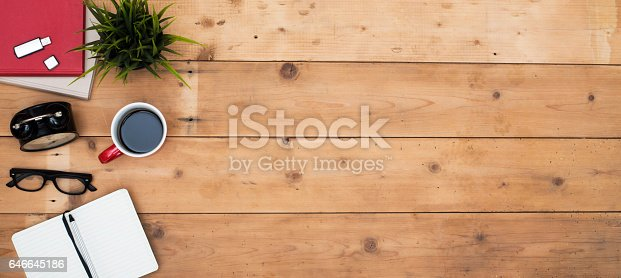 istock above view home desk 646645186
