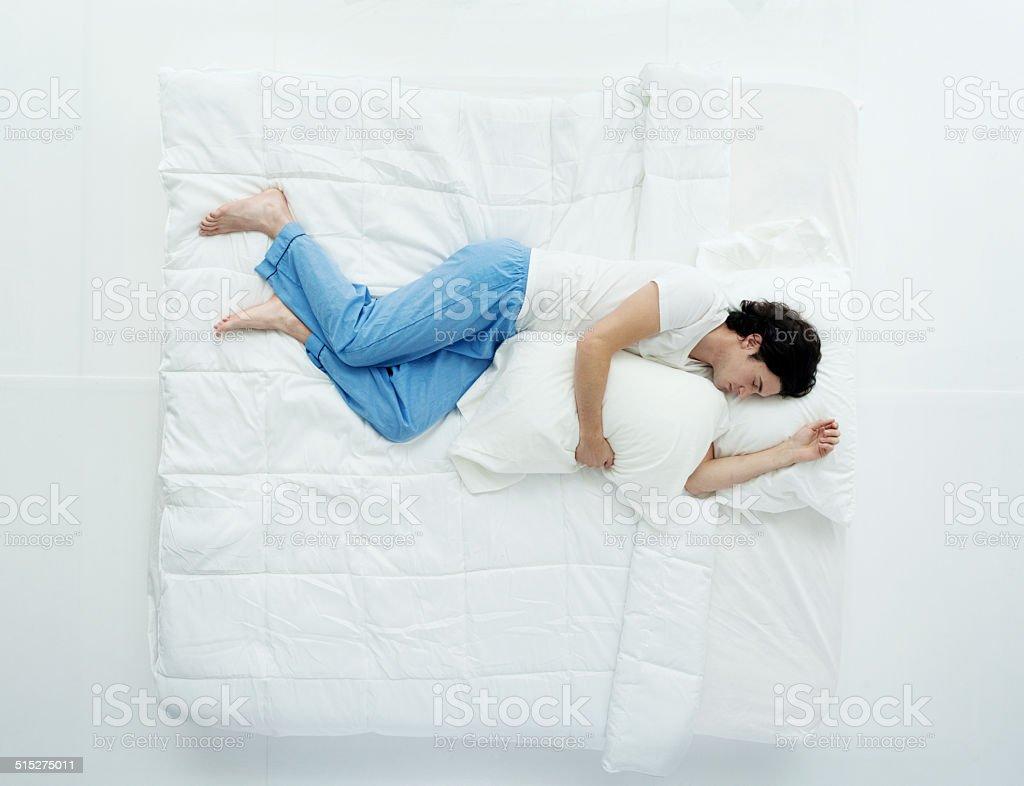 Luftaufnahme eines Mannes, Schlafen – Foto