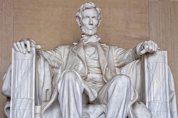 abraham lincoln-statue am washington dc memorial detail - lincoln united stock-fotos und bilder