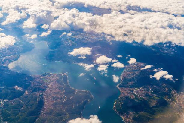 abstrakte landschaft antenne - aerial overview soil stock-fotos und bilder